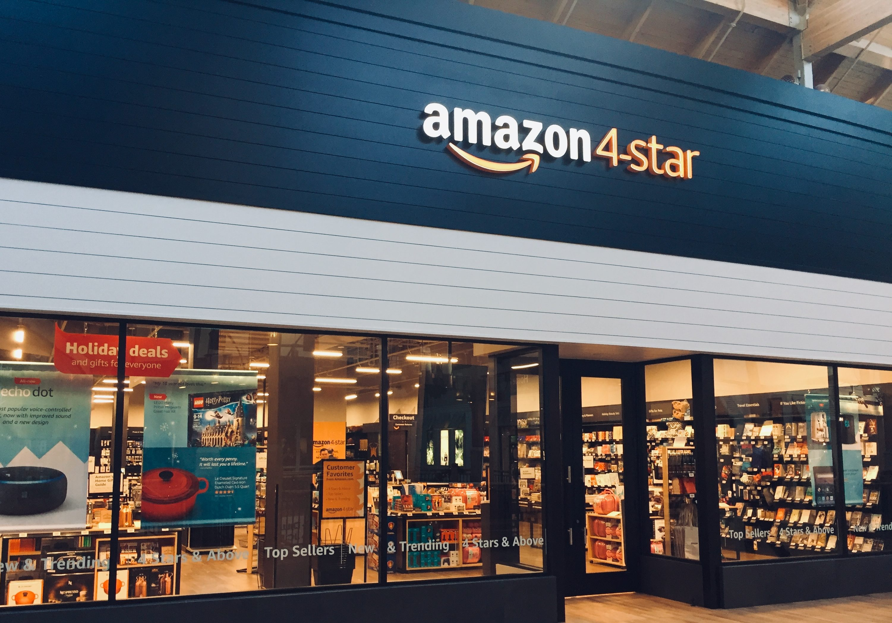 The Amazon-4 Star Store Curates Products Based on Reviews